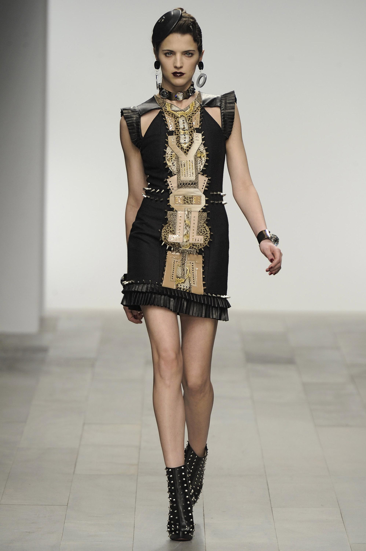 tseu category clothing dresses
